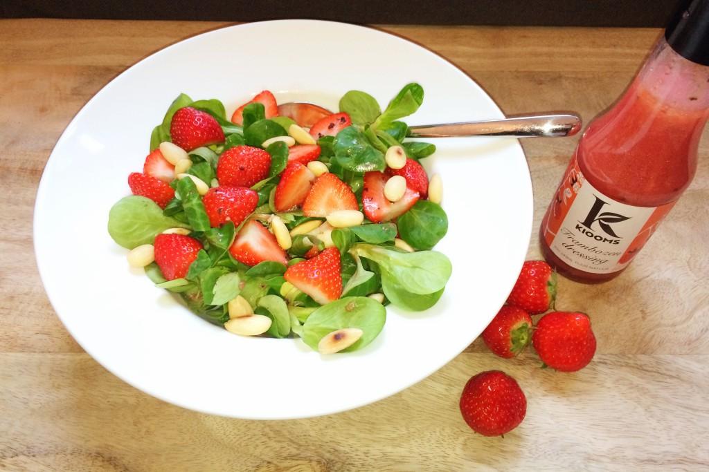 recept salade met aarbeiden en blauwe kaas