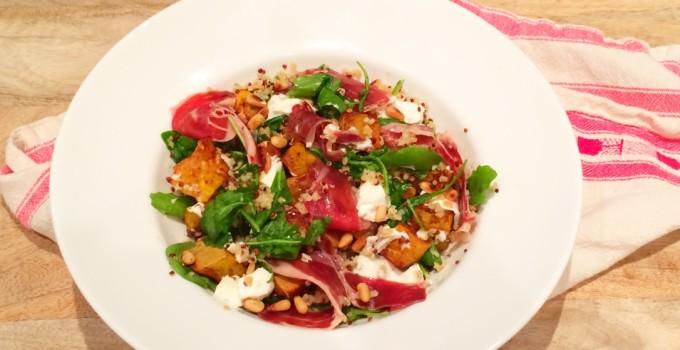 Quinoa salade met pompoen, geitenkaas en ibérico ham